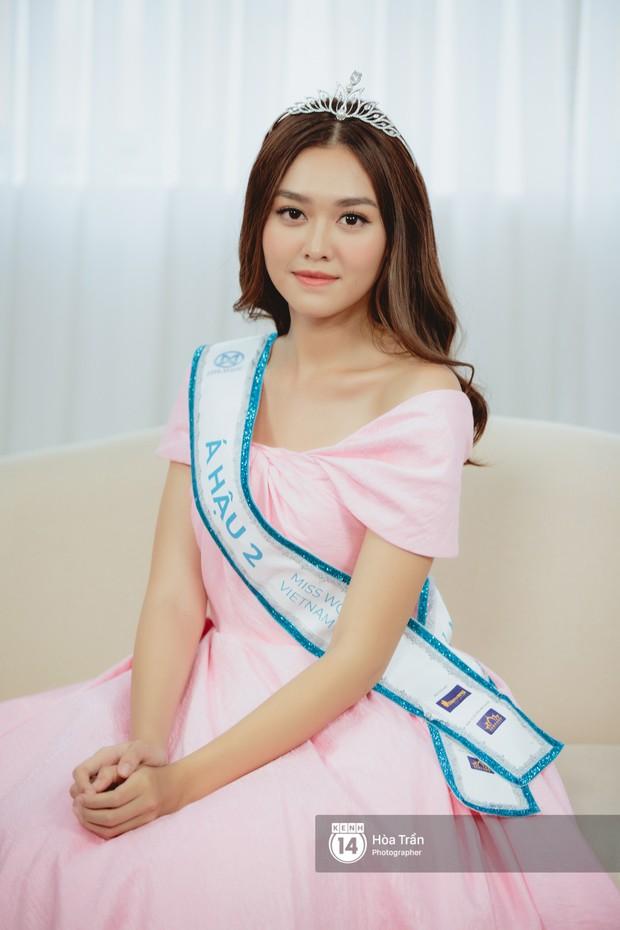 Cận cảnh nhan sắc Top 3 Hoa hậu Thế giới Việt Nam 2019: Lương Thùy Linh quá giống Đỗ Mỹ Linh, 2 nàng Á hậu đáng gờm - Ảnh 6.