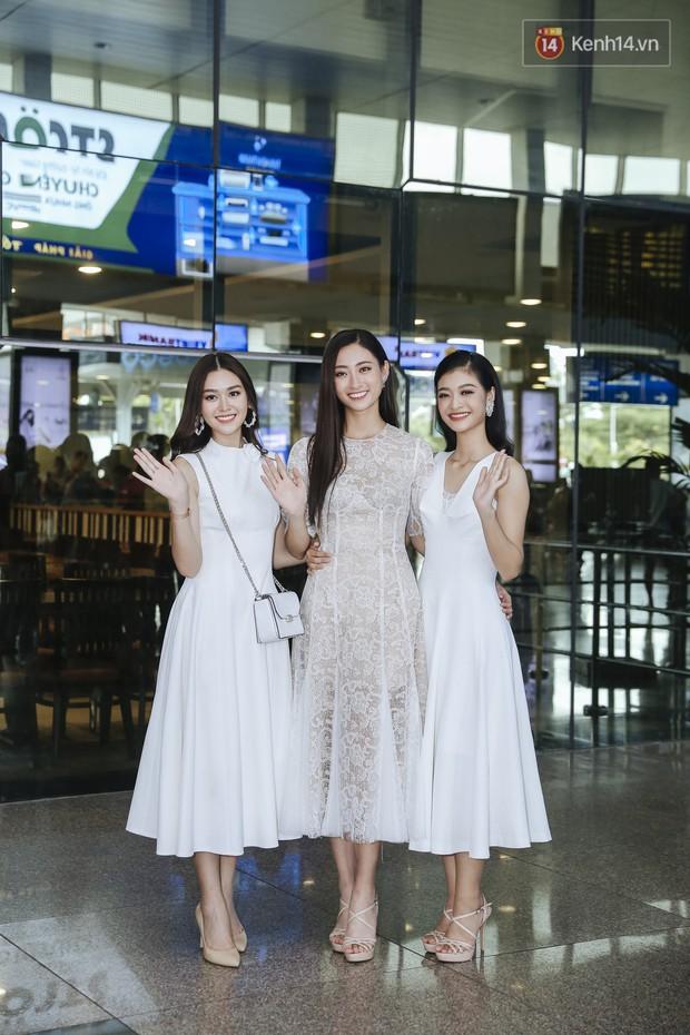 Tân Hoa hậu Lương Thùy Linh mặc giản dị, rạng rỡ cùng 2 Á hậu xuất hiện tại TP.HCM trong vòng tay người hâm mộ - Ảnh 3.