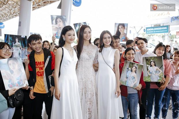 Tân Hoa hậu Lương Thùy Linh mặc giản dị, rạng rỡ cùng 2 Á hậu xuất hiện tại TP.HCM trong vòng tay người hâm mộ - Ảnh 19.