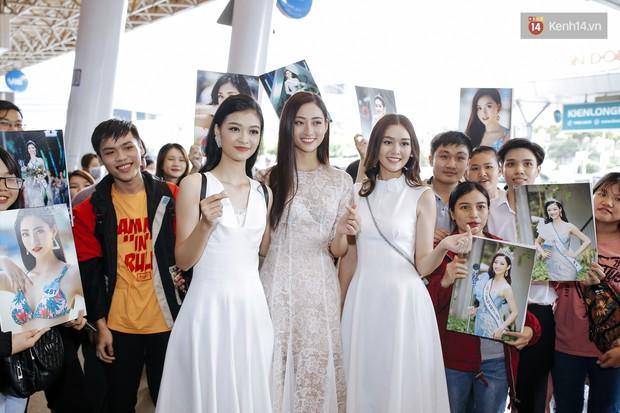 Tân Hoa hậu Lương Thùy Linh mặc giản dị, rạng rỡ cùng 2 Á hậu xuất hiện tại TP.HCM trong vòng tay người hâm mộ - Ảnh 17.