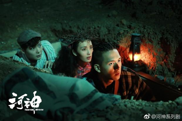 Cày Cá Mực Hầm Mật chưa đủ, bỏ túi 5 phim của Gun Thần Lý Hiện: Hà Thần còn từng nổi đình nổi đám một thời - Ảnh 5.