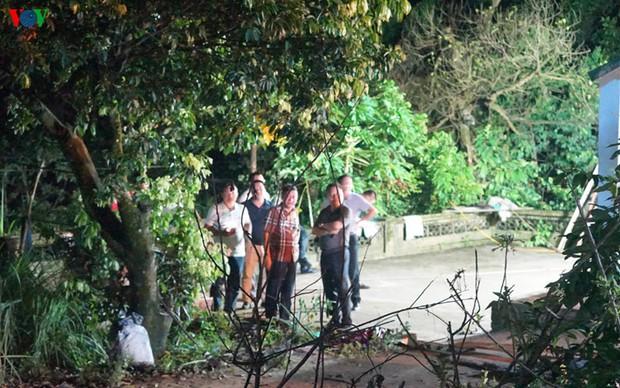 Phong tỏa hiện trường vụ án mạng kinh hoàng ở Uông Bí - Ảnh 1.
