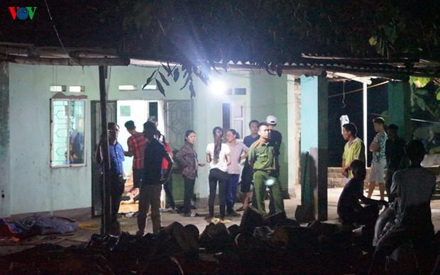 Phong tỏa hiện trường vụ án mạng kinh hoàng ở Uông Bí - Ảnh 2.