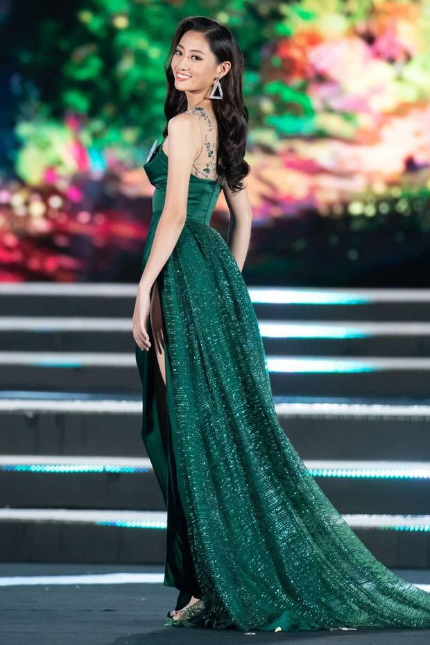 NTK váy dạ hội của Tân Hoa hậu Miss World Việt Nam 2019: Riêng đồ dạ hội, tôi hỗ trợ Linh và chỉ lấy tiền giặt là - Ảnh 2.