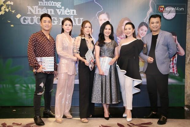 Diện đầm xòe công chúa, mẹ chồng quốc dân Lan Hương chặt đẹp dàn mỹ nhân phim nối sóng Về Nhà Đi Con - Ảnh 4.