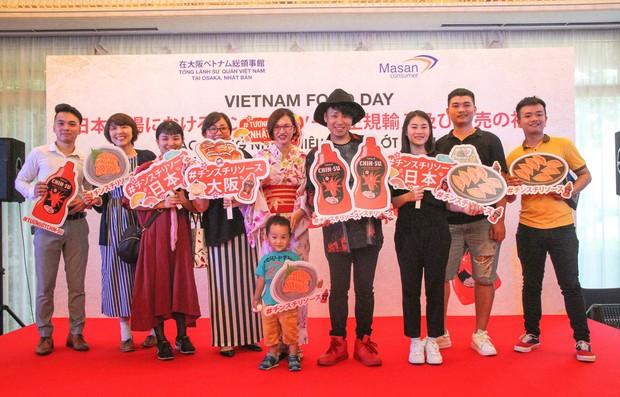 Bất ngờ với chàng ca sĩ Vietnam Kun trong sự kiện ra mắt CHIN-SU: Hát nhạc Việt bằng tiếng Nhật cực cool - Ảnh 3.