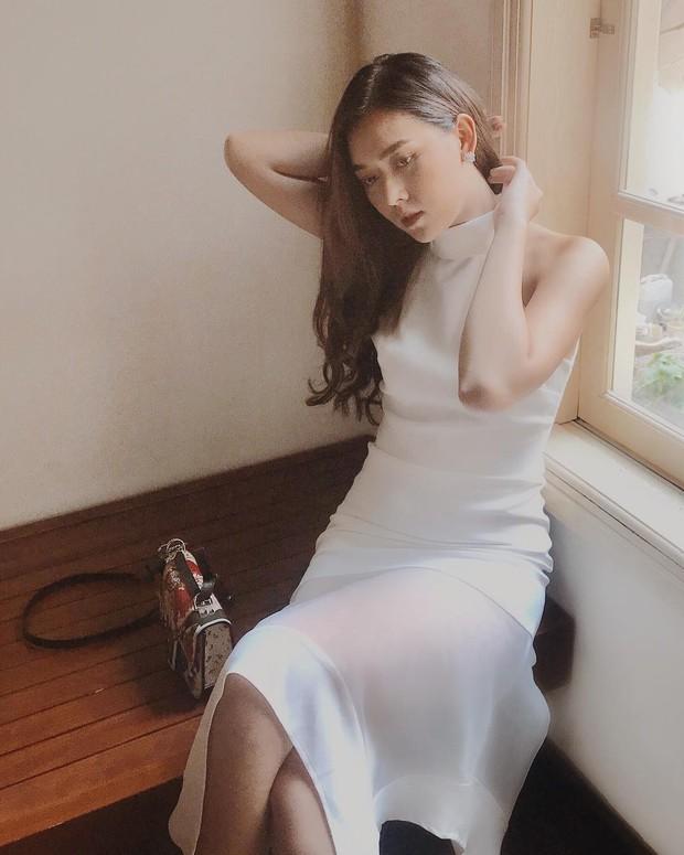 Nàng Á hậu được ví là bản sao của Hà Tăng: Style chỉ toàn màu đen - trắng nhưng sang chảnh như tiểu thư trâm anh thế phiệt - Ảnh 8.