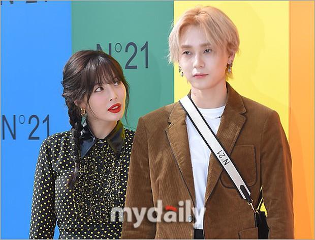 Giữa loạt scandal hẹn hò, cặp con ghẻ Hyuna và EDawn bỗng nhận cơn mưa lời khen vì tình như phim tại sự kiện - Ảnh 13.