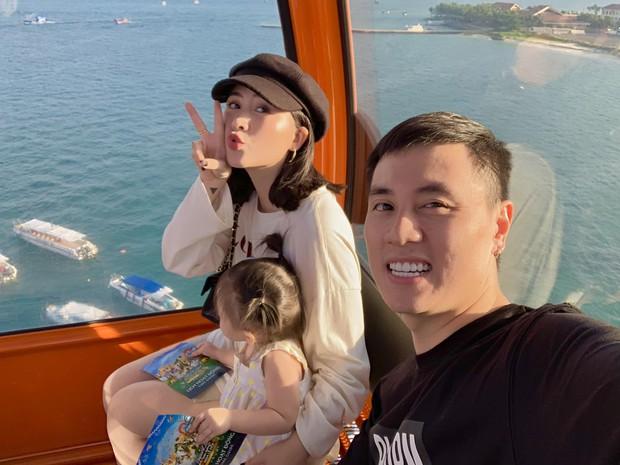 """Có nhất thiết phải """"đòn roi"""" để dạy con? Heo Mi Nhon nói không với bạo lực, DJ Tít thú nhận chuyện không tránh khỏi - Ảnh 1."""