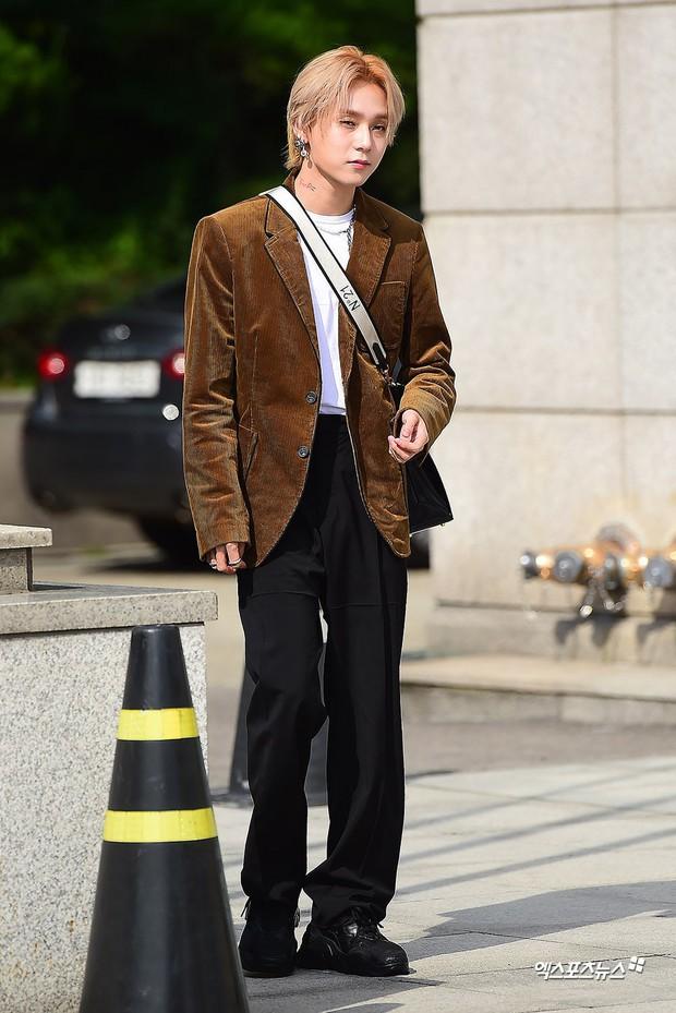 Giữa loạt scandal hẹn hò, cặp con ghẻ Hyuna và EDawn bỗng nhận cơn mưa lời khen vì tình như phim tại sự kiện - Ảnh 4.
