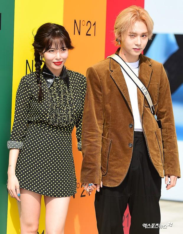 Giữa loạt scandal hẹn hò, cặp con ghẻ Hyuna và EDawn bỗng nhận cơn mưa lời khen vì tình như phim tại sự kiện - Ảnh 10.