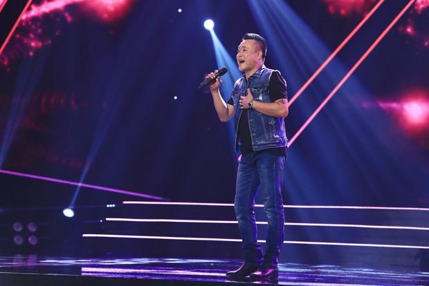Ca sĩ thần tượng: Trấn Thành bị giám đốc âm nhạc quăng dép lên sân khấu - Ảnh 4.