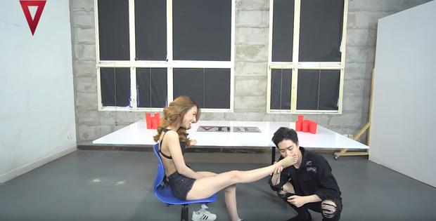 Khán giả shock khi xem lại loạt khoảnh khắc phản cảm của chồng Thu Thủy với bạn gái cũ trong show thực tế 18+ - Ảnh 5.