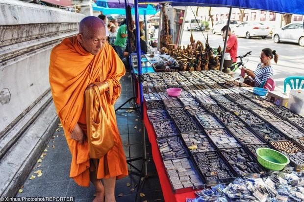 """Du lịch Thái Lan và 20 điều khiến du khách """"té ngửa"""": Chợ giữa đường ray là bình thường, chuối khổng lồ cũng không phải chuyện lạ! - Ảnh 13."""