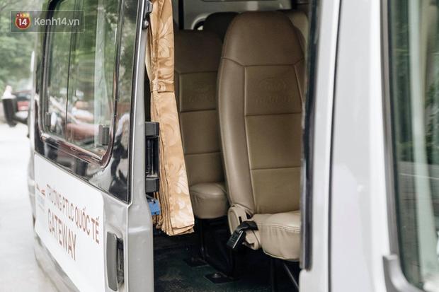 Khởi tố vụ học sinh lớp 1 bị bỏ quên trên xe đưa đón của trường, công an khẳng định bé tử vong trước khi tới bệnh viện - Ảnh 3.