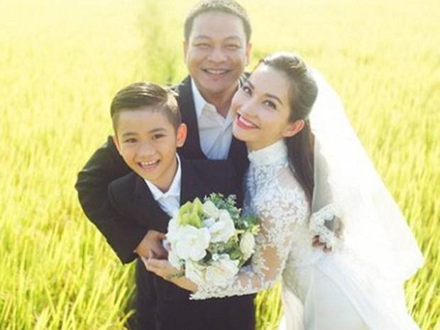 Điểm mặt 5 bố dượng nổi tiếng showbiz Việt: Người cưng chiều con riêng nhất mực, người bị lên án sau hành vi ngược đãi - Ảnh 3.
