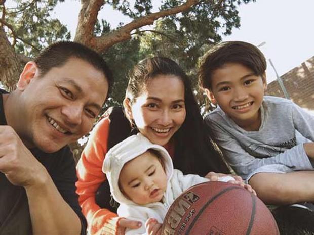 Điểm mặt 5 bố dượng nổi tiếng showbiz Việt: Người cưng chiều con riêng nhất mực, người bị lên án sau hành vi ngược đãi - Ảnh 4.