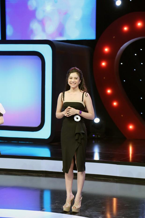 Trương Thế Vinh bối rối trước bộ ảnh hững hờ của thí sinh Hoa hậu Hoàn vũ Việt Nam 2017 - Ảnh 3.