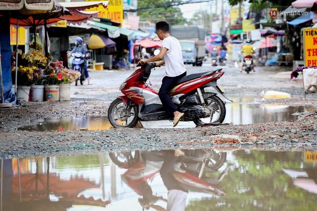 Nhìn từ trên cao con đường lầy lội nhất Sài Gòn: Gần 100 ao nước lớn nối tiếp nhau hơn 2km - Ảnh 7.