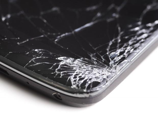 Hoại tử tay suýt phải cắt cụt vì thứ tưởng như vô hại này trên smartphone, thanh niên sợ hãi tởn đến già - Ảnh 1.
