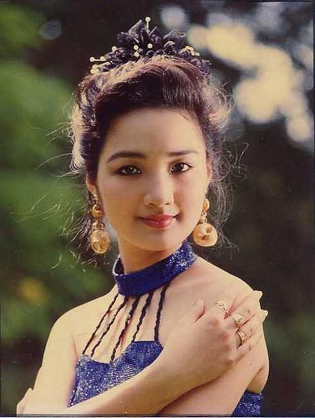 Những nàng hậu kỳ lạ, độc nhất vô nhị trong 70 năm lịch sử các kỳ nhan sắc Việt - Ảnh 1.