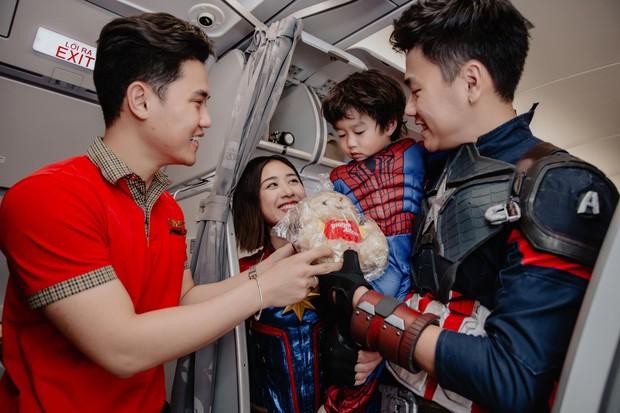 Chia sẻ ảnh đi du lịch Đà Nẵng, gia đình Tùng Sơn - Trang Lou khiến netizen xuýt xoa vì bé Xoài quá dễ cưng - Ảnh 6.