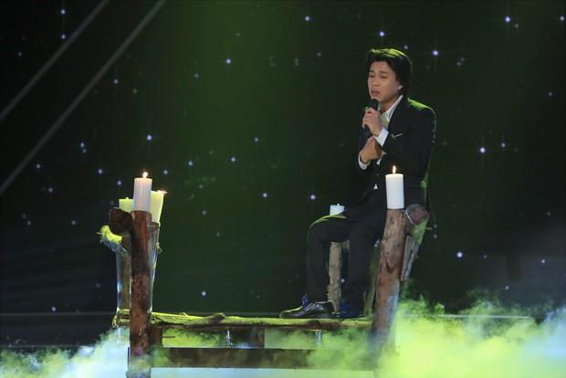 Ca sĩ thần tượng: Trấn Thành bị giám đốc âm nhạc quăng dép lên sân khấu - Ảnh 9.