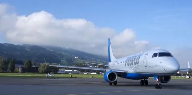 Chuyện thật như đùa: Đường bay quốc tế ngắn nhất thế giới chỉ dài 8 phút, vừa bước lên máy bay chưa kịp thắt dây an toàn đã hạ cánh - Ảnh 2.