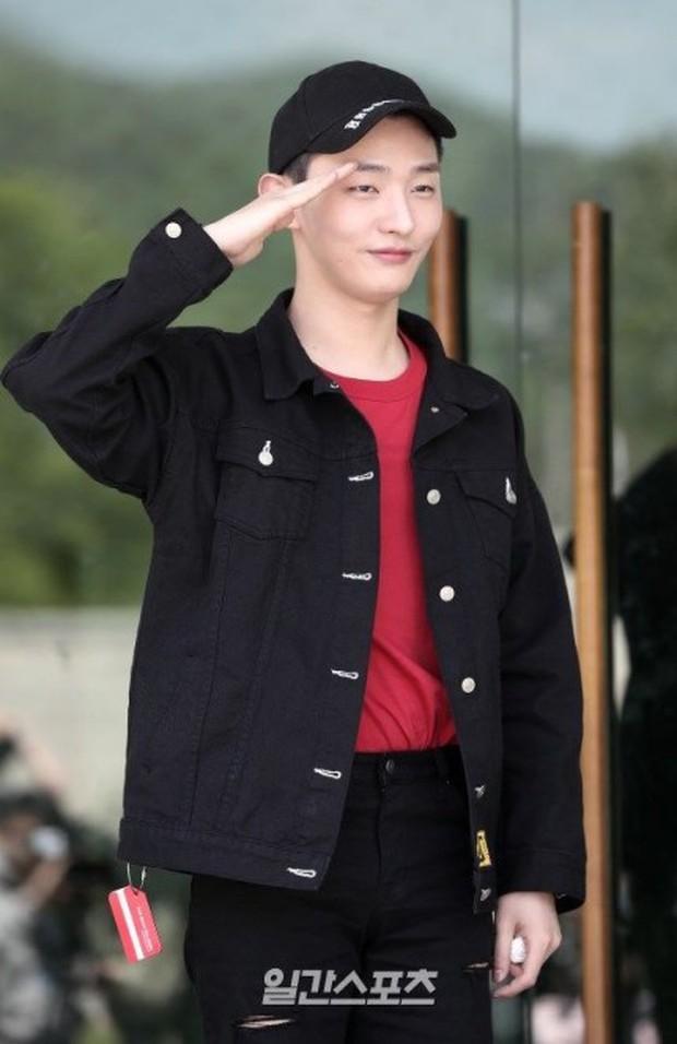 Tranh cãi nảy lửa: Jisung gửi tiền, em út từ Trung sang Hàn, Kang Daniel lại gây phẫn nộ dịp 2 năm Wanna One debut - Ảnh 2.