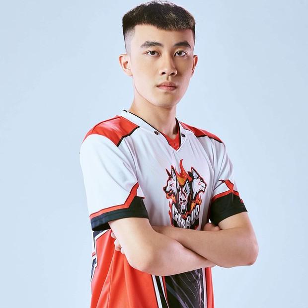 Điểm mặt 4 tuyển thủ đẹp trai, phong cách đại diện Việt Nam dự PUBG Nations Cup 2019 tại Hàn Quốc - Ảnh 8.