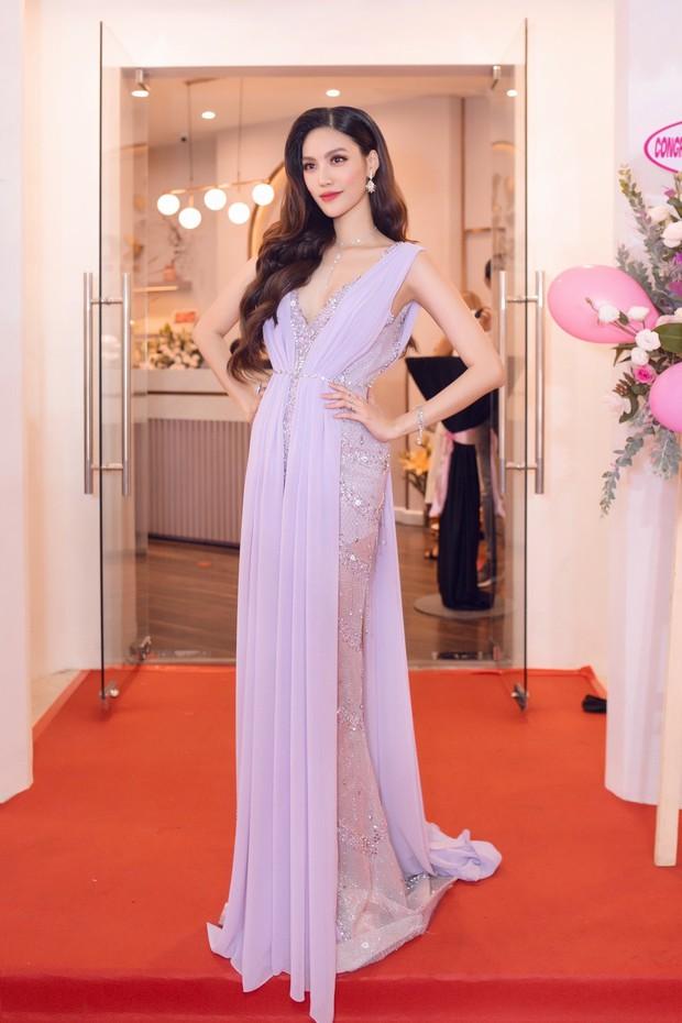 Lan Khuê khoe dáng mỏng những tháng cuối thai kỳ, Kỳ Duyên - Jolie Nguyễn đụng độ tại sự kiện - Ảnh 3.