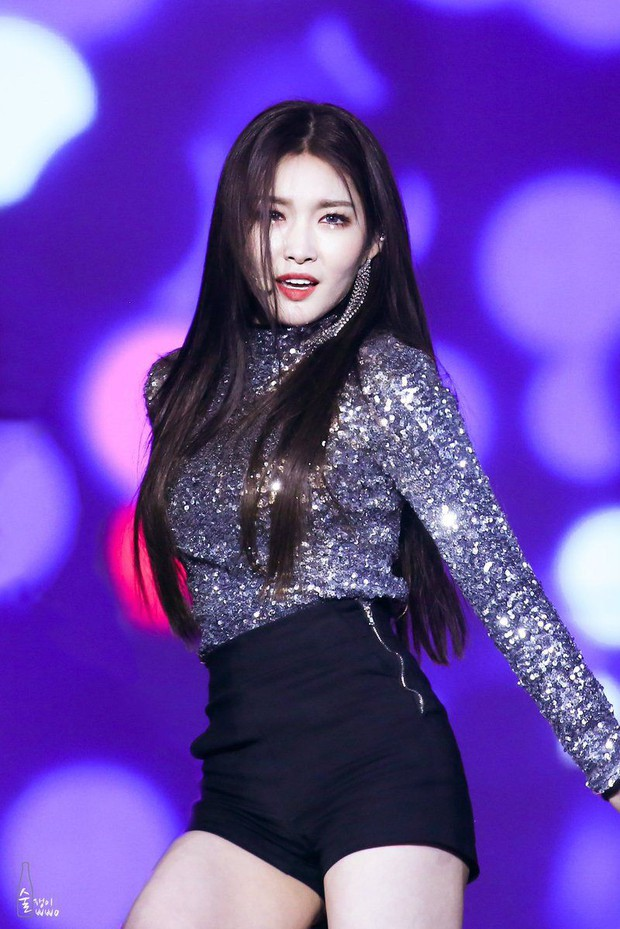"""Top 3 """"cỗ máy nhảy"""" trong dàn idol nữ do chuyên gia bình chọn: Lisa (BLACKPINK) bất ngờ nhường chỗ cho 1 tân binh! - Ảnh 3."""
