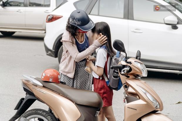 Không có bất kì hệ thống nào không có kẽ hở, sự an toàn của trẻ em đều đặt cả vào tay người lớn - Ảnh 2.