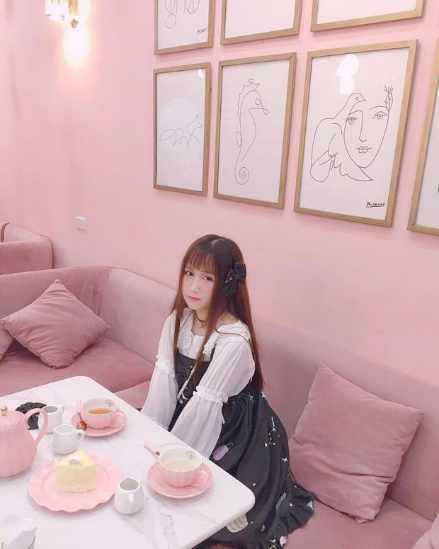 Vô vàn quán xinh màu hồng ở Việt Nam nhưng Ngọc Trinh lại đặc biệt ưa thích tiệm bánh này, còn ghé 2 lần dù cách xa… 1500 km - Ảnh 8.