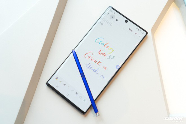 Đứng hình 5 giây với thứ cực độc chỉ có trên Galaxy Note10 năm nay, ai nhìn cũng hớp hồn ngay lập tức - Ảnh 1.