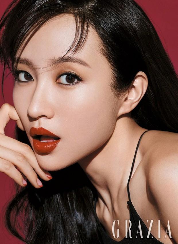 Hani chỉ vừa mới đổi kiểu makeup, netizen đã kêu trời vì khác quá không nhận ra - Ảnh 4.