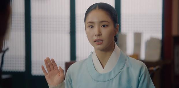 Tiết lộ cực sốc của Tân Binh Học Sử Goo Hae Ryung: Cha Eun Woo là con rơi chứ chẳng phải Hoàng tử cao quý? - Ảnh 5.