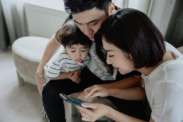 """Chuyến đi đặc biệt của Trang Lou - Tùng Sơn: """"Có bé Xoài cùng du lịch, vợ chồng mình hiểu được ý nghĩa của gia đình"""" - Ảnh 6."""