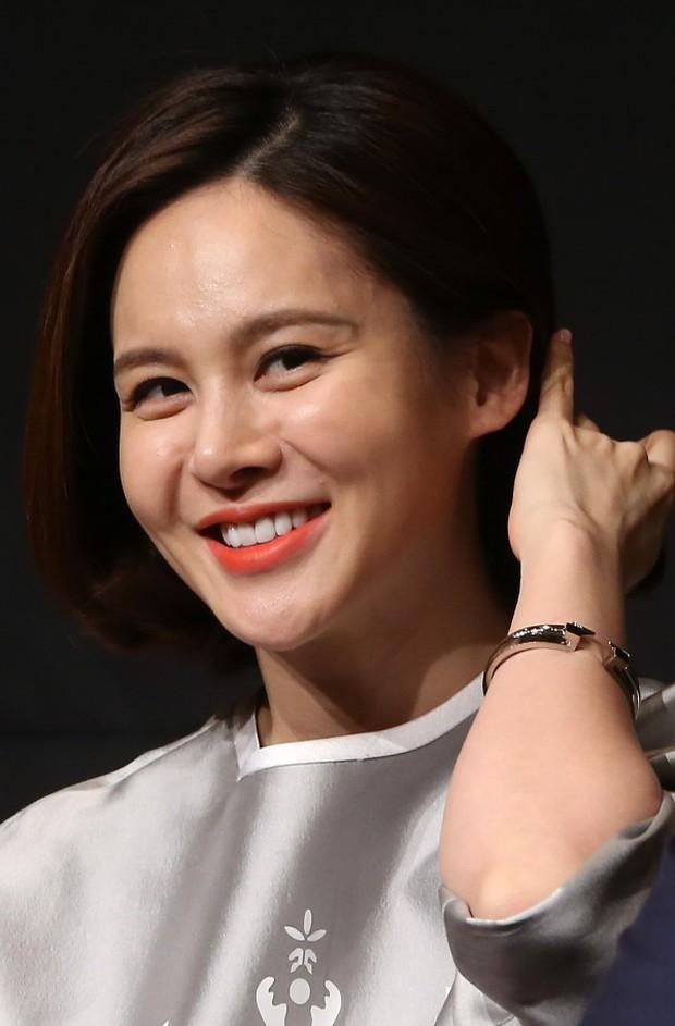11 scandal tồi tệ nhất lịch sử showbiz Hàn: Tự tử, ngoại tình, hãm hiếp liên hoàn, vụ của Seungri chưa là gì - Ảnh 5.