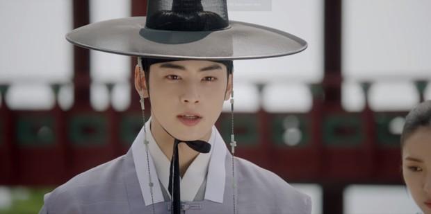 Tiết lộ cực sốc của Tân Binh Học Sử Goo Hae Ryung: Cha Eun Woo là con rơi chứ chẳng phải Hoàng tử cao quý? - Ảnh 8.