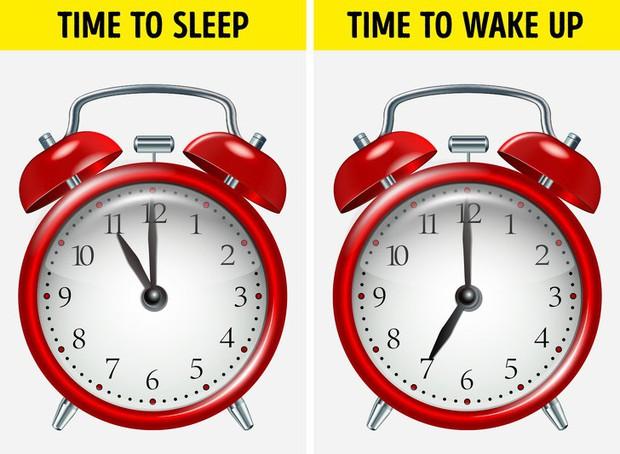 6 thói quen cứ làm đều đặn trước khi ngủ sẽ giúp cân nặng của bạn giảm xuống vèo vèo - Ảnh 2.