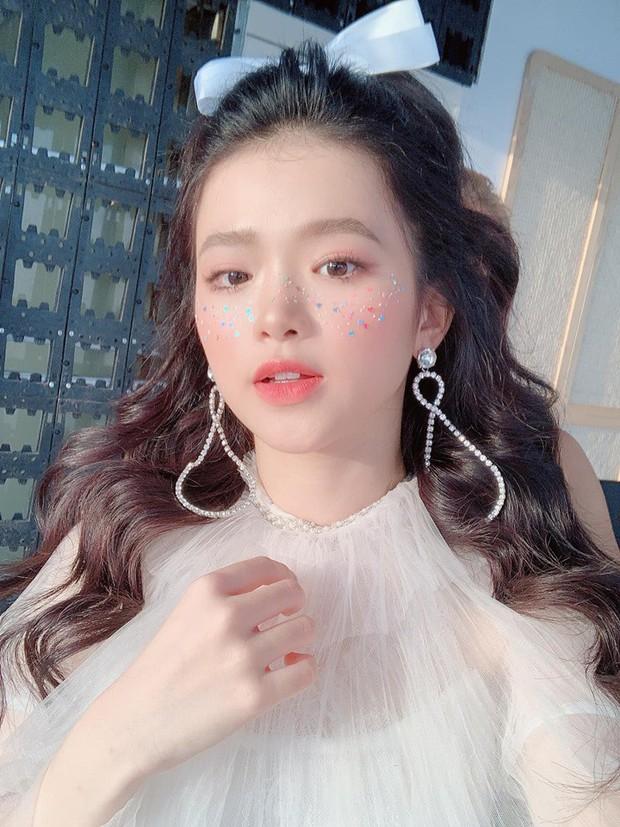 Linh Ka: Từ hot girl thị phi với phát ngôn mua điểm gây sốc đến chủ nhân của #1 trending YouTube - Ảnh 24.