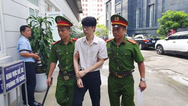Gã thanh niên hiếp dâm, sát hại nữ sinh trường sân khấu điện ảnh ở Hà Nội nhận án tử hình - Ảnh 1.