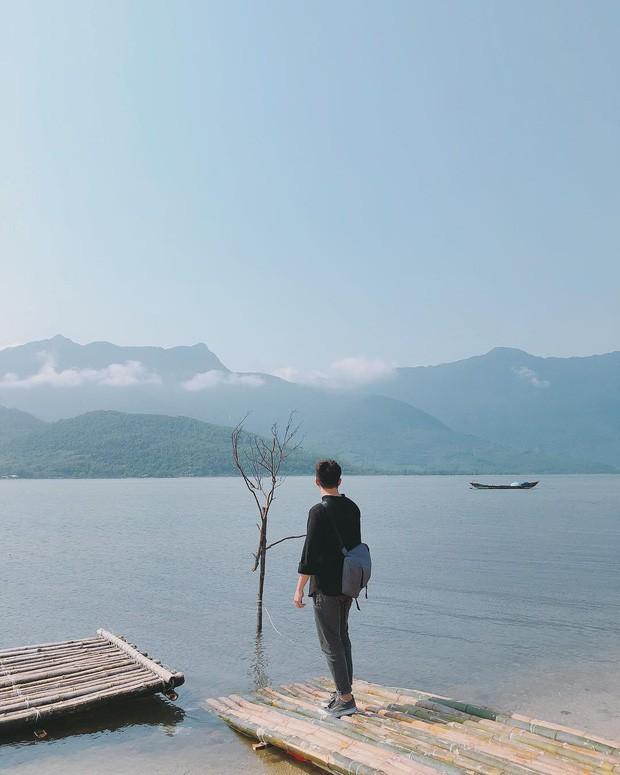 Sơn Tùng M-TP lại trêu Sky nữa rồi, đăng ảnh sống ảo ở Huế nhưng phía dưới caption lại hướng về Hà Nội là sao?  - Ảnh 5.