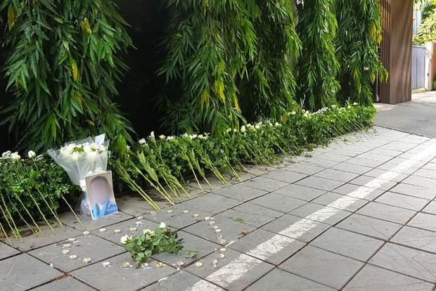Trường Gateway đề nghị không đặt hoa và nến tưởng niệm nam sinh lớp 1 mất do bị bỏ quên trên xe - Ảnh 1.