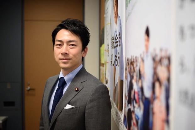 Chính trị gia trẻ tuổi ưu tú nhất Nhật Bản khiến bao cô gái tan giấc mộng khi tuyên bố kết hôn, công khai ý trung nhân tài sắc song toàn - Ảnh 3.