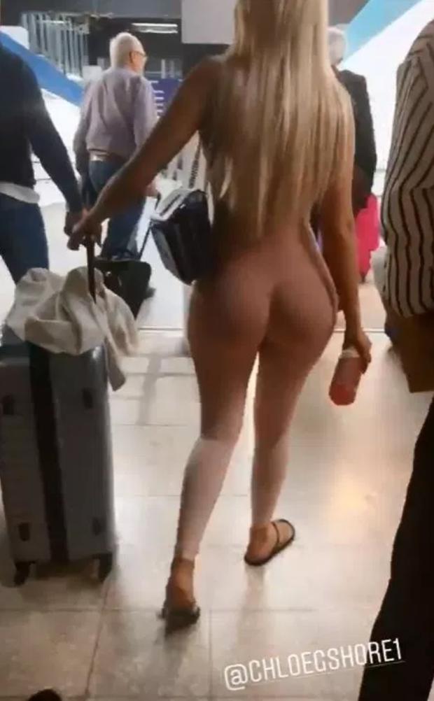 Sốc trước hình ảnh quả bom sex nước Anh nude hoàn toàn sải bước tự tin tại sân bay, nhìn kỹ mới tá hỏa - Ảnh 2.