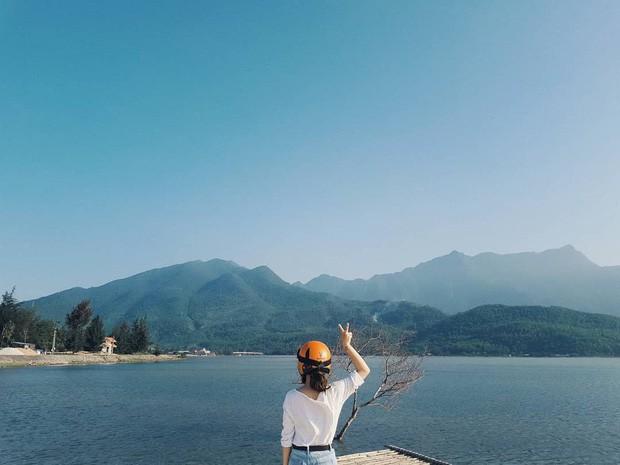 Sơn Tùng M-TP lại trêu Sky nữa rồi, đăng ảnh sống ảo ở Huế nhưng phía dưới caption lại hướng về Hà Nội là sao?  - Ảnh 7.
