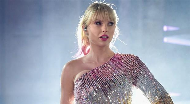 Taylor Swift bị Thái Vũ, Tùng Dương, Uyên Linh cà khịa: ca sĩ Việt hiểu sai về âm nhạc thế giới quá nhiều? - Ảnh 6.