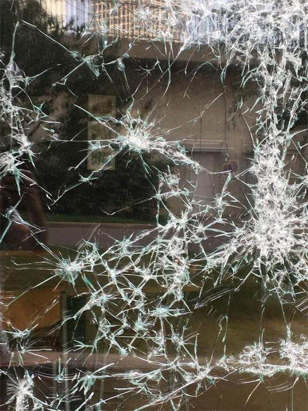 Đẳng cấp họa sĩ: Đập nứt cửa kính cũng tạo ra bức chân dung tuyệt tác, càng nhìn càng mê - Ảnh 3.